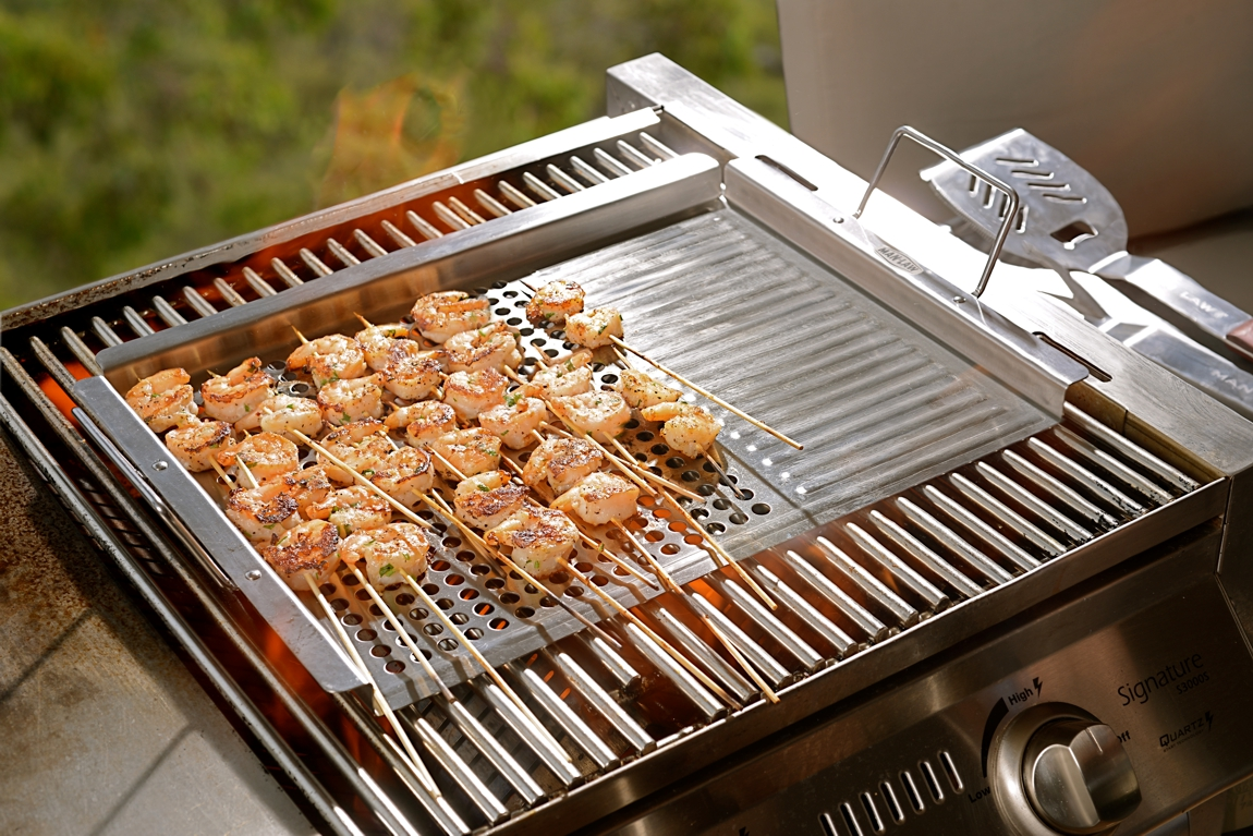 Man Law Bbq Bbq Grill Topper